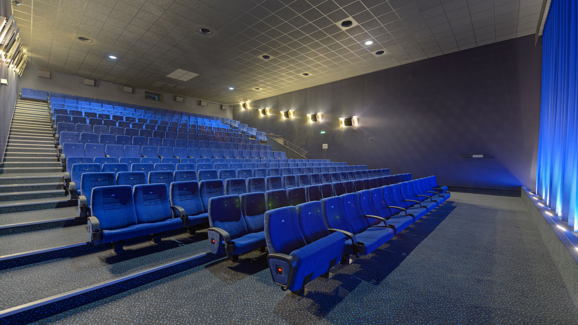 Cinestar Düsseldorf Ov