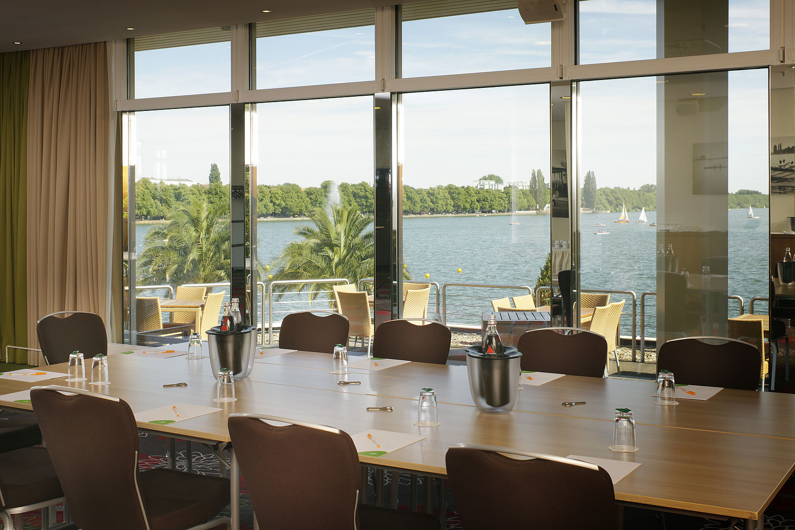 Courtyard by Marriott Hannover Maschsee - Conference rooms ...