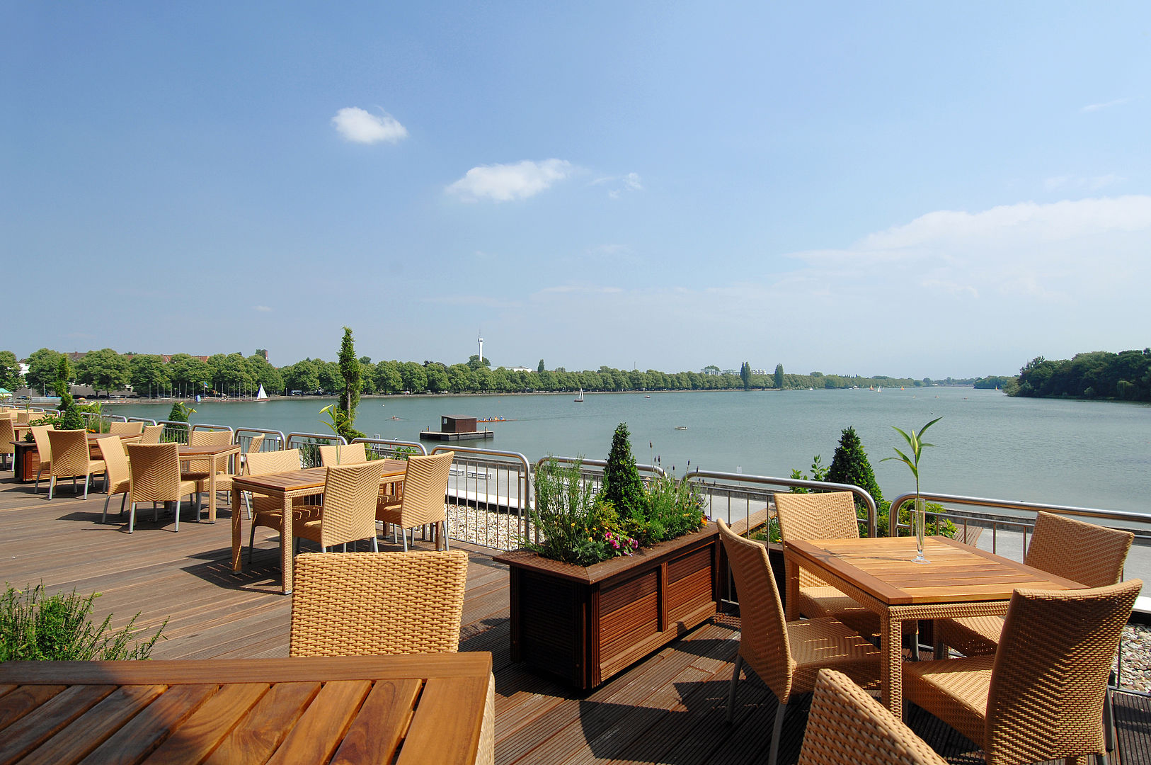 Event-Terrasse Courtyard by Marriott Hannover Maschsee ...