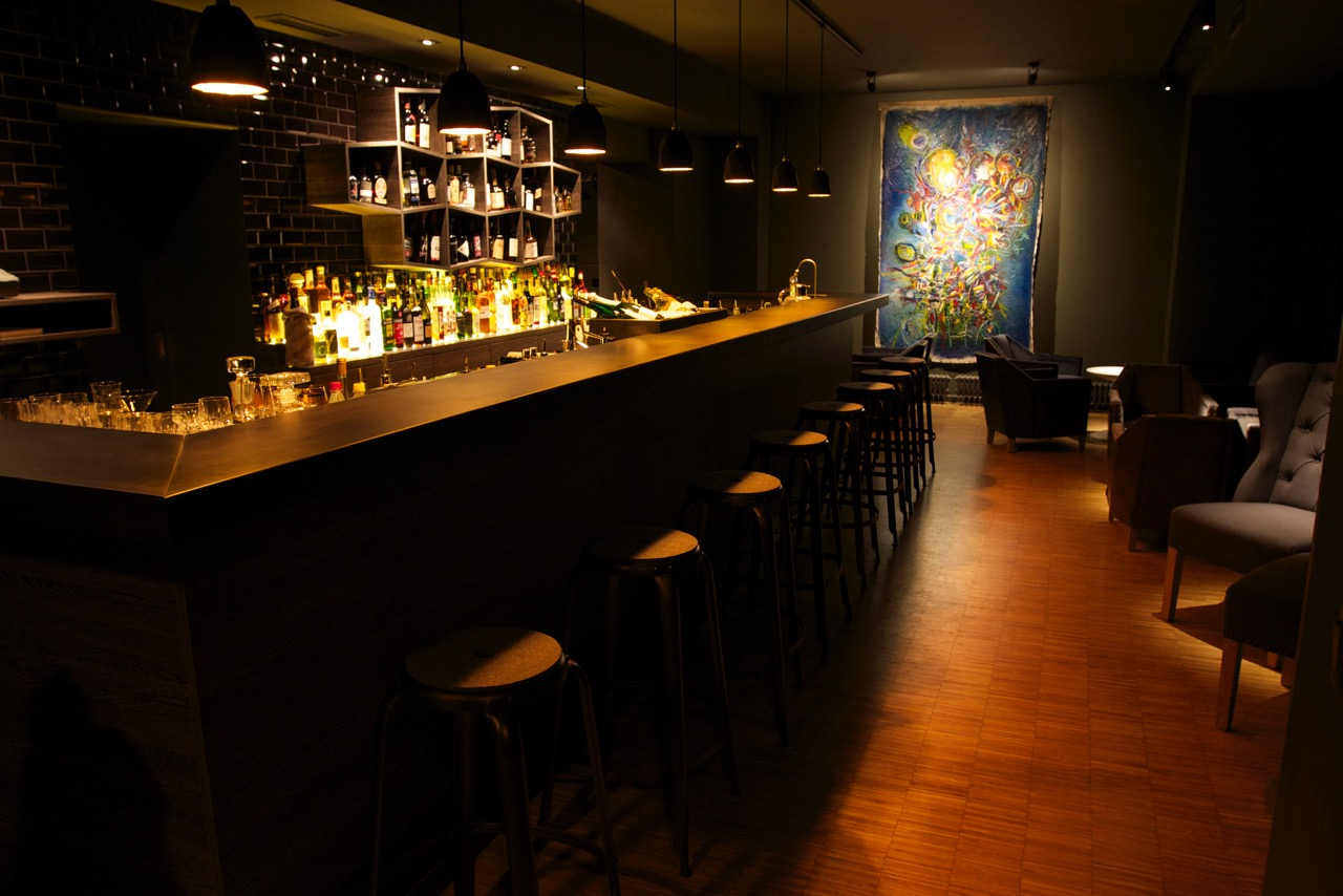 BRYK Bar - Up to 50 persons - fiylo