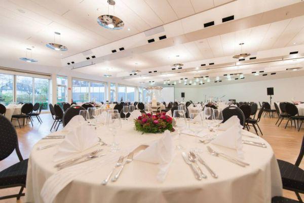 Ruhrturm Hotel Restaurant Konferenz Event Wedding Venues Fiylo